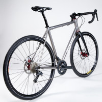 Custom Blend titanium gravel bike.