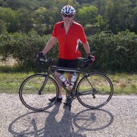 We took a ride out in the Texas Hill Country this weekend and the bike performed flawlessly. The Steel Extralite ride is smooth, stiff and responsive, the fit is perfect and dang — I look good. I could not be more pleased. Thanks again