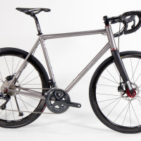 Custom Blend titanium road bike. Ultegra Di2 with Enve fork and 3.4 wheels with King hubs.