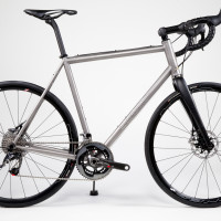 Very nice Dirt Road bike. Titanium with Sram Red Hydro build kit and Hed Ardennes.