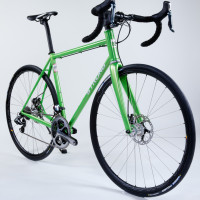 Custom Blend steel road with Dura Ace Di2, disc brakes and King/Hed wheels.