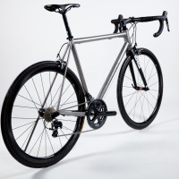 Custom Blend titanium road bike